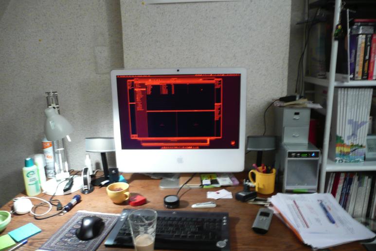Desk-Francois.png